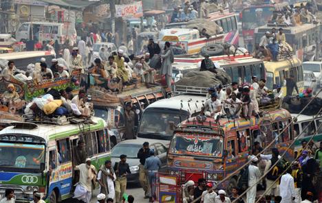 Пробки на дорогах Пенджаб Пакистан