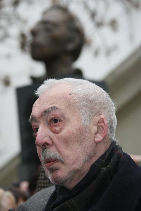 Писатель Андрей Битов