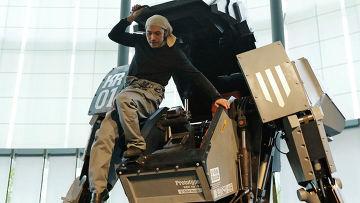 Изобретатель боевого робота «Kuratas» Когоро Курата