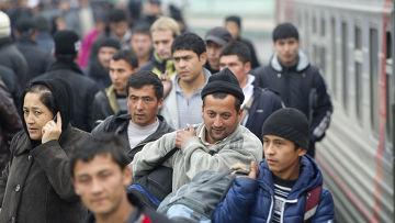 Пассажиры поезда «Ташкент - Москва»