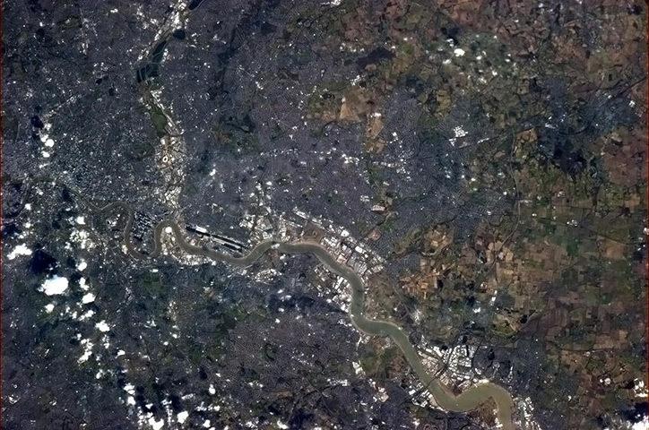 Космический снимок Лондона