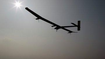 """""""Солнечный"""" самолет Solar Impulse завершил межконтинентальный перелет"""
