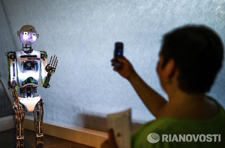 """Выставка """"Бал Роботов"""""""