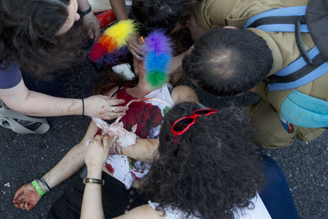 Женщина, раненная ультраортодоксальным евреем Ишаи Шлисселем во время гей-парада в Иерусалиме