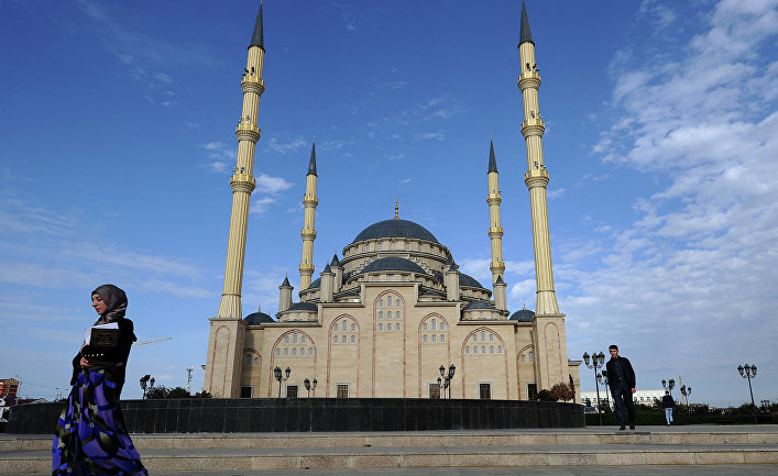 """Центральная мечеть им. Ахмата Кадырова """"Сердце Чечни"""" в Грозном"""