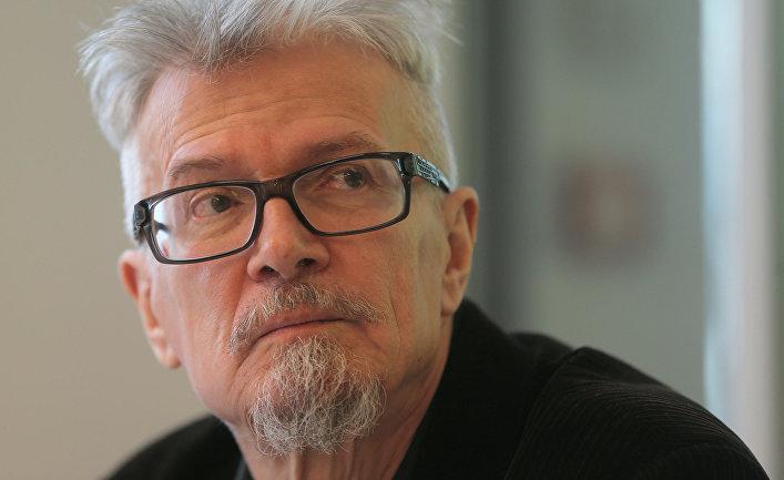 Писатель Эдуард Лимонов
