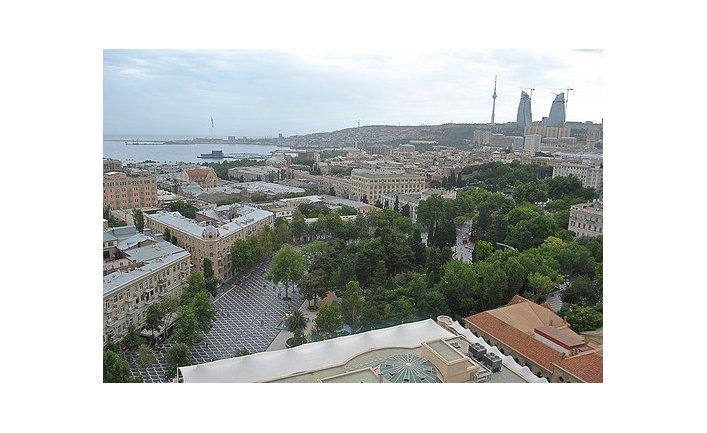 Площадь Фонтанов в Баку, 2011 г.