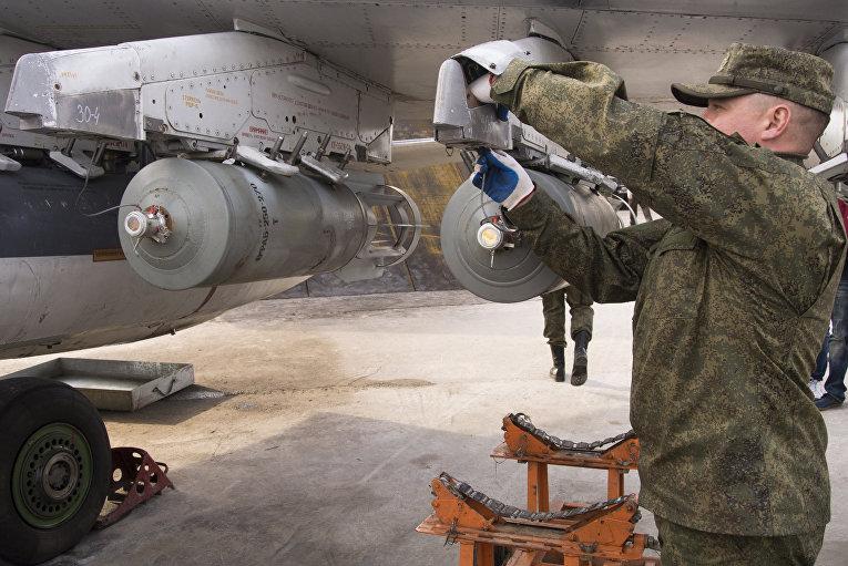 Российские военнослужащие на авиабазе «Хмеймим» в сирийской провинции Латакия