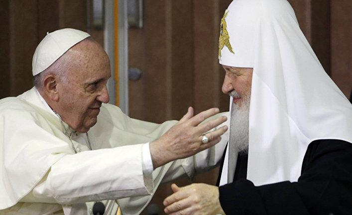 Патриарх Московский и всея Руси Кирилл и папа Римский Франциск во время встречи в Гаване