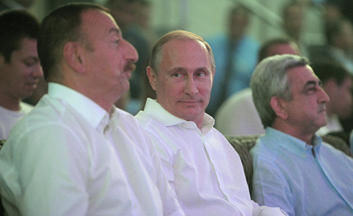 Ильхам Алиев, Владимир Путин и Серж Саргсян в Сочи на турнире по самбо. 9 августа 2014 г