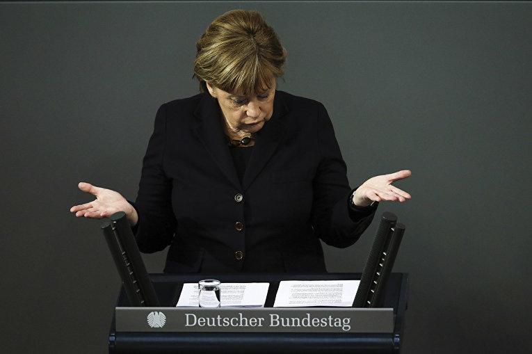 Канцлер Германии Ангела Меркель в парламенте Германии. 17 февраля 2016 год