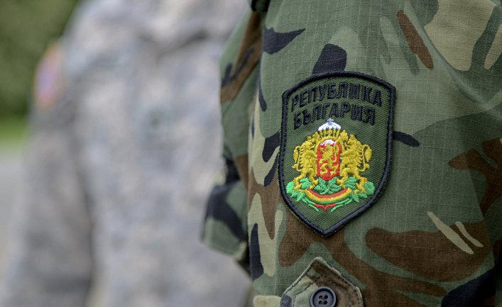 Болгарский солдат на учениях Thracian Guard 2013