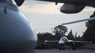Российские бомбардировщики на авиабазе Хмеймим в Сирии