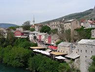 Король Испании открыл в боснийском Мостаре  площадь в память о погибших солдатах ООН