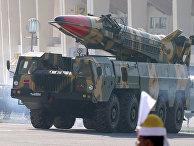 Баллистическая ракета средней дальности (2500 километров) «Шахин-II» во время парада в честь Дня Пакистана в Исламабаде