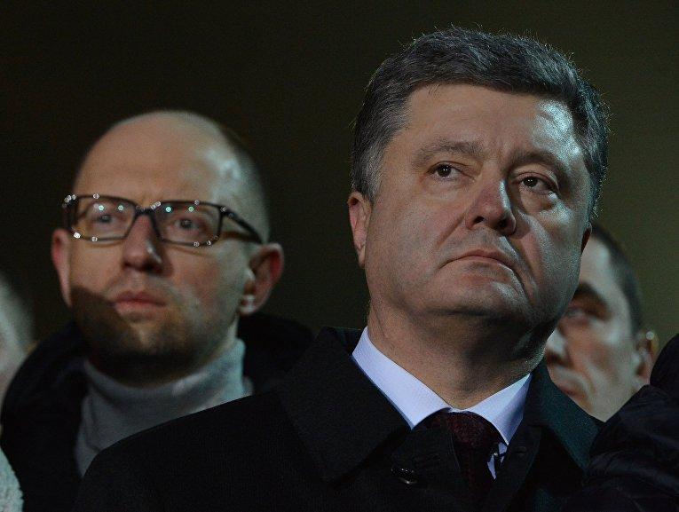 Петр Порошенко и Арсений Яценюк участвуют в памятных мероприятиях на площади Независимости