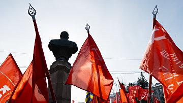 Шествие и митинг в честь Дня защитника Отечества в Новосибирске