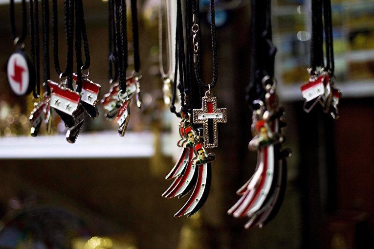 Продукция сувенирного магазина в Дамаске