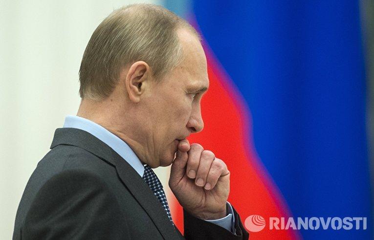 В.Путин вручил в Кремле премии деятелям культуры