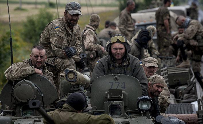 Украинские военные в районе Красноармейска в Донецкой области