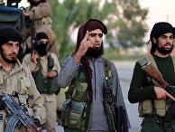 Боевики «Исламского государства» говорят о французских терактах в видеобращении