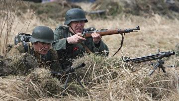 Члены военно-исторического клуба