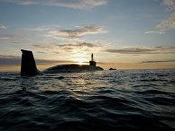 """Атомная подводная лодка (АПЛ) """"Юрий Долгорукий"""" во время ходовых испытаний летом 2009 года"""