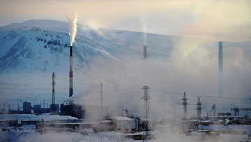 Вид на промышленную зону в Норильске