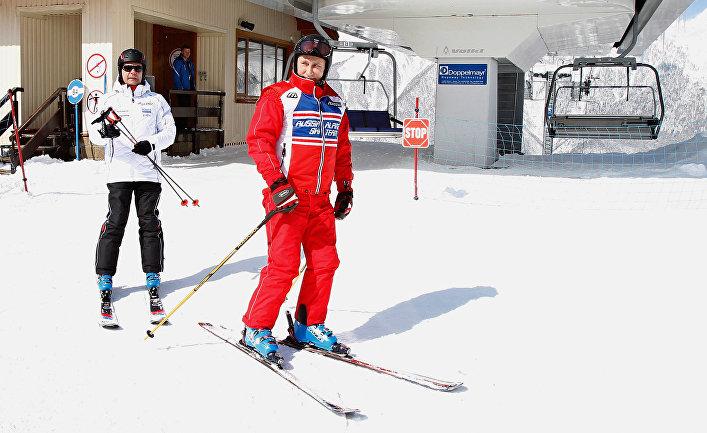 Владимир Путин и Дмитрий Медведев на горнолыжном курорте «Красная Поляна»