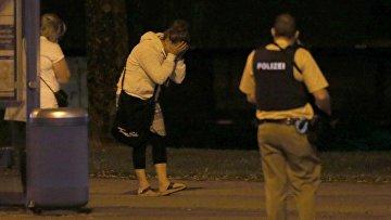 На месте стрельбы в Мюнхене. 23 июля 2016
