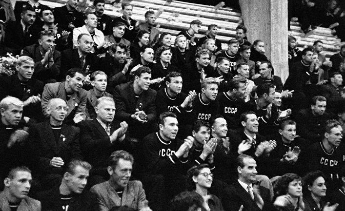 Болельщики футбольного матча в Хельсинки