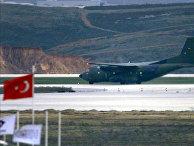 Транспортный самолет C-160 «Трансаль» на военной базе Инджирлик в Турции