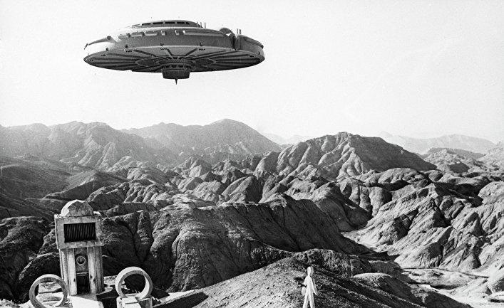 Кадр из научно-фантастического фильма «Через тернии к звездам»