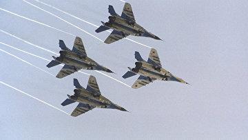 Легкий фронтовой истребитель МиГ-29, разработан в ОКБ МиГ