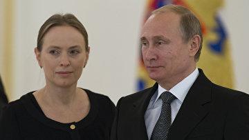 Посол Польши Катажина Пелчинска-Наленч и президент РФ Владимир Путин в Кремле