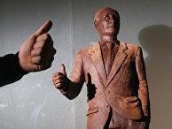 Шоколадная статуя президента РФ Владимира Путина