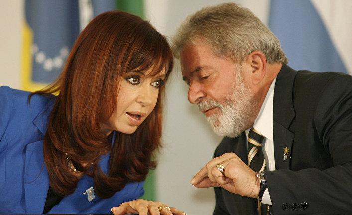 Президент Аргентины Кристина Фернандес и президент Бразилии Лула Да Силва