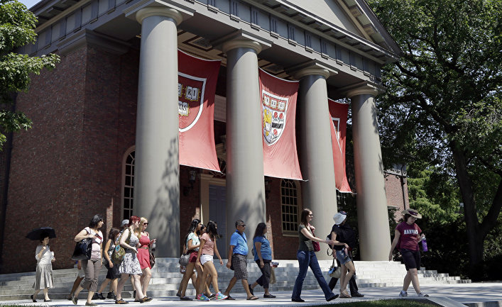Кампус Гарвардского университета в Кембридже