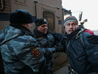 Активист группы «Война» Олег Воротников