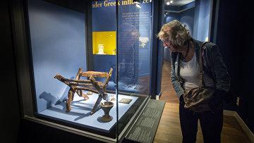 Экспонаты на выставке «Крым – золото и секреты Черного моря» в Амстердаме