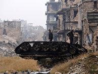 Солдаты сирийской армии возле мечети Омейядовв Алеппо