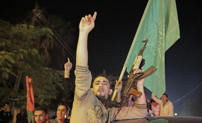 Палестинцы с оружием
