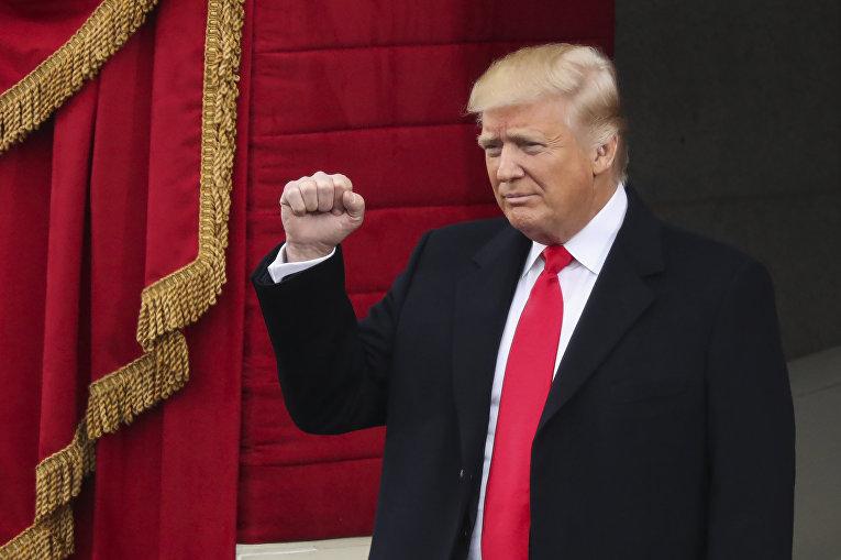 Президент США Дональд Трамп на церемонии инаугурации