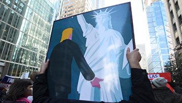 Акция протеста против Дональда Трампа в Филадельции