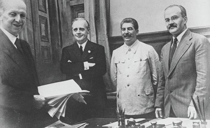 Договор о ненападении между Германией и Советским Союзом