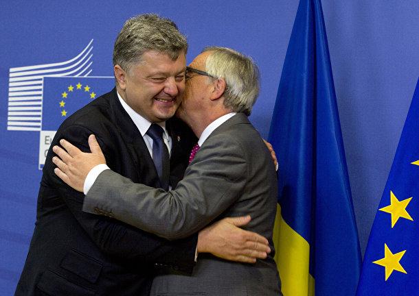 Президент Украины Петр Порошенко и президент Европейской Комиссии Жан-Клод Юнкер
