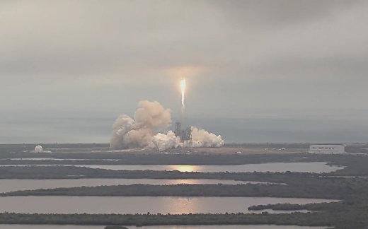 SpaceX отправила  «Дракона» к МКС