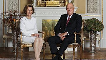 Король Норвегии Харальд V и Королева Соня