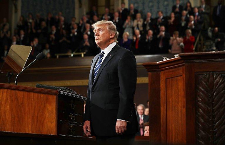 Президент США Дональд Трамп во время выступления в Конгрессе США. 28 февраля 2017 года