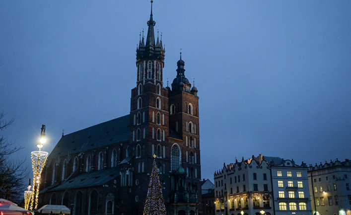 Мариацкий костел в исторической части Кракова, Польша